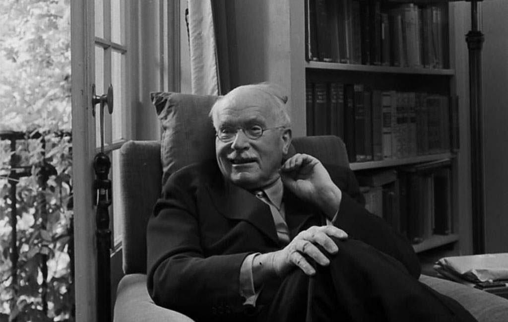 Carl Gustav Jung: aneddoti di un uomo che alla saggezza univa l'ironia e il divertimento