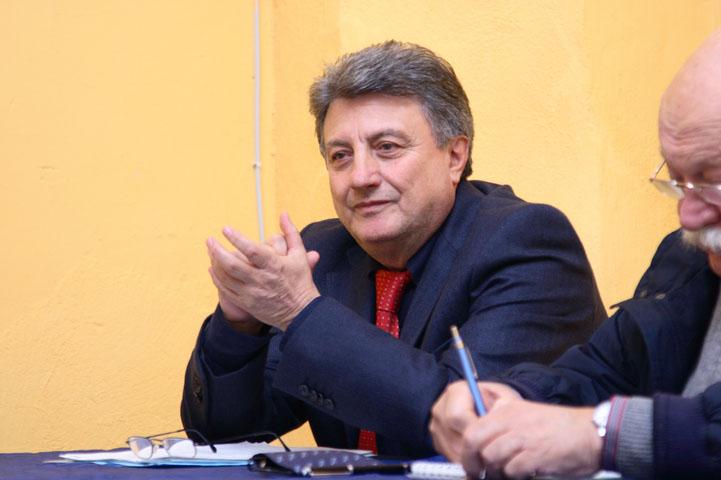 Pino Tartaglia1
