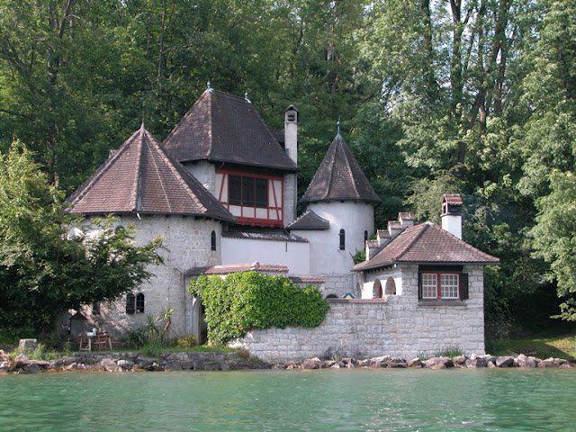 """La torre di Jung a Bollingen: """"un luogo dove è possibile essere ciò che fui, sono e sarò"""""""