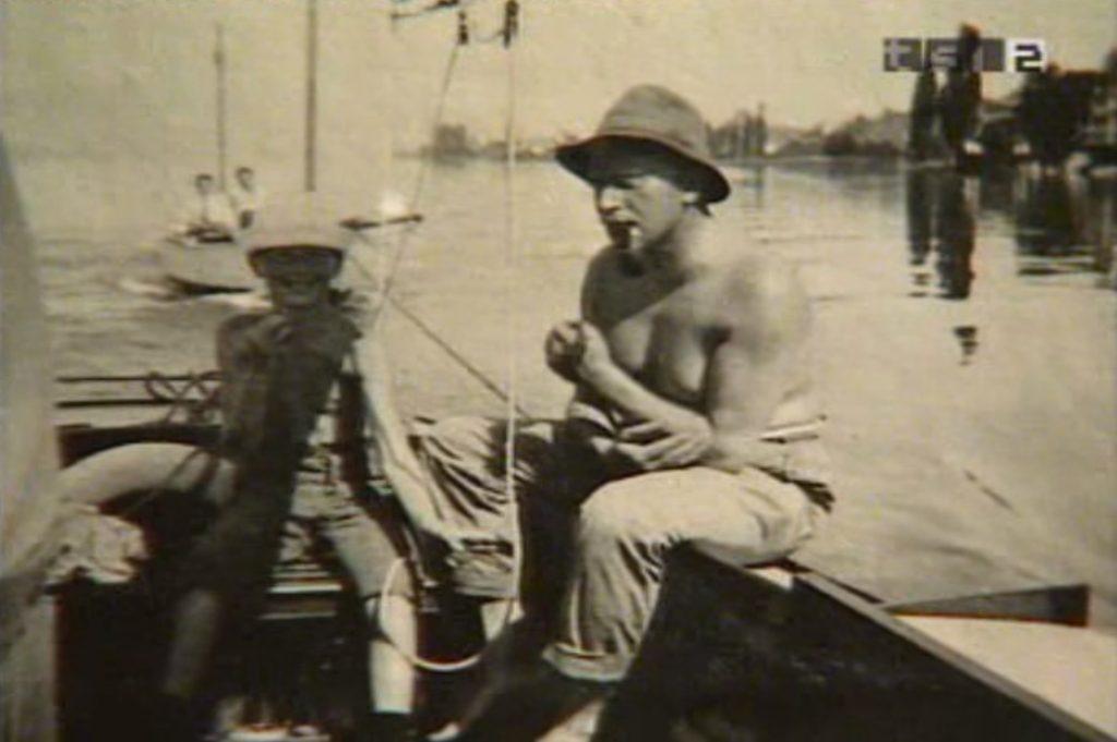 Jung Vela figli barca 1